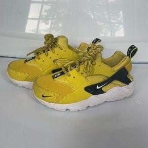Preschool Girls Nike Huaraches